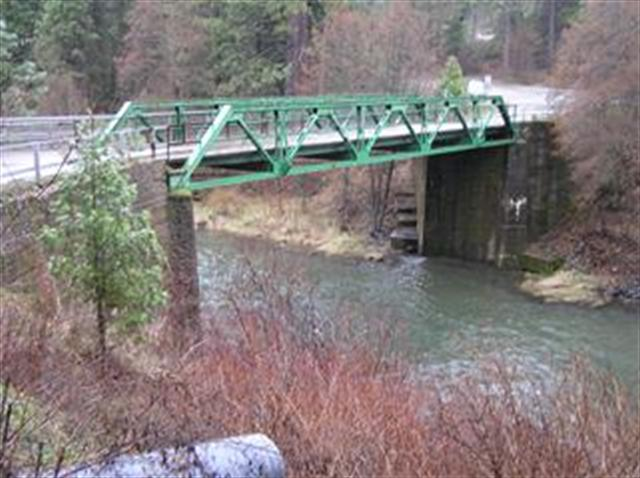 keddie bridge upstream_thumb_thumb.JPG